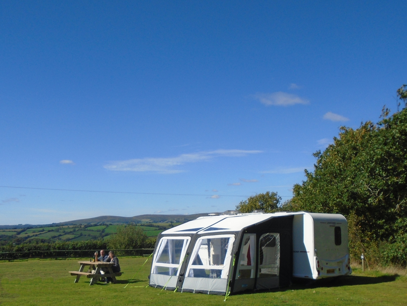 Fully Serviced Grass Touring Caravan Pitch